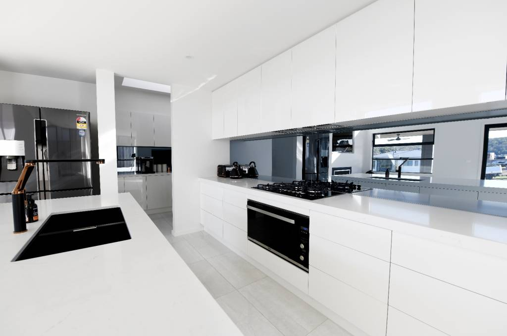 Modern Kitchen Butlers Pantry Vanities